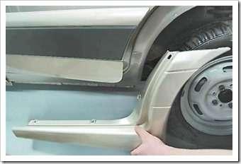 Как снять и установить накладки на пороги ВАЗ 2114
