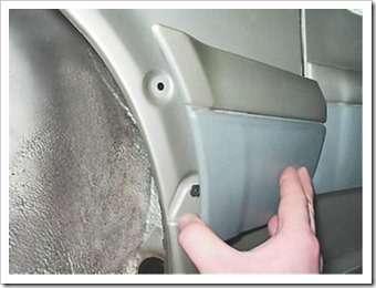 Как снять и установить накладку переднего крыла на ВАЗ 2114