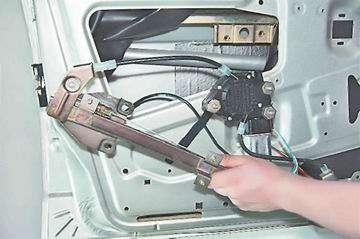 Как снять и установить стеклоподъемник на ВАЗ 2114