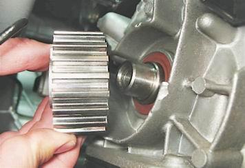 Как поменять передний сальник коленчатого вала на ВАЗ 2114